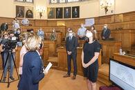 20200902 Gouverneur Carina Van Cauter ontvangst provincieraad 09.jpg