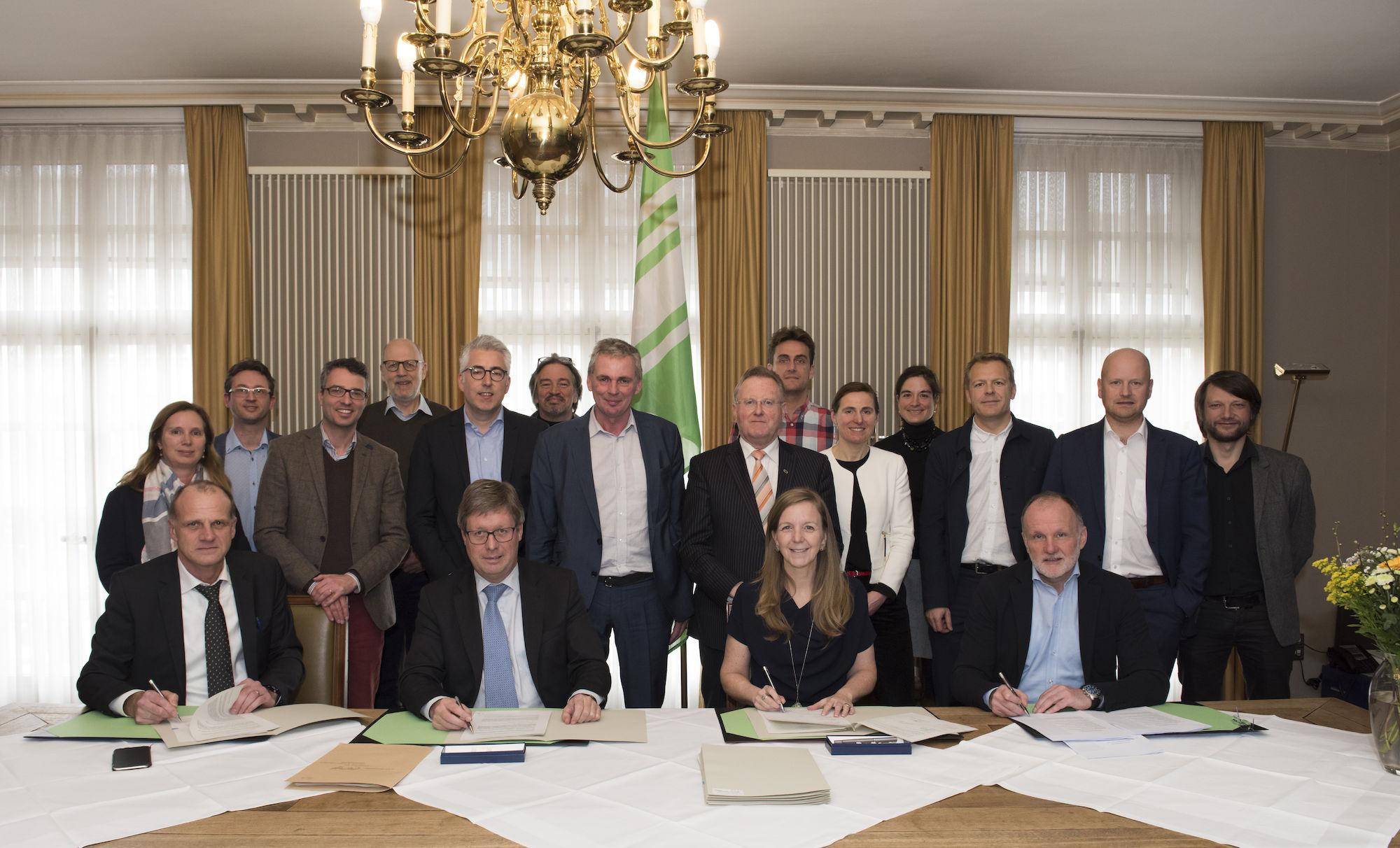 180309 ondertekening overeenkomst realisatie Leopoldskazerne