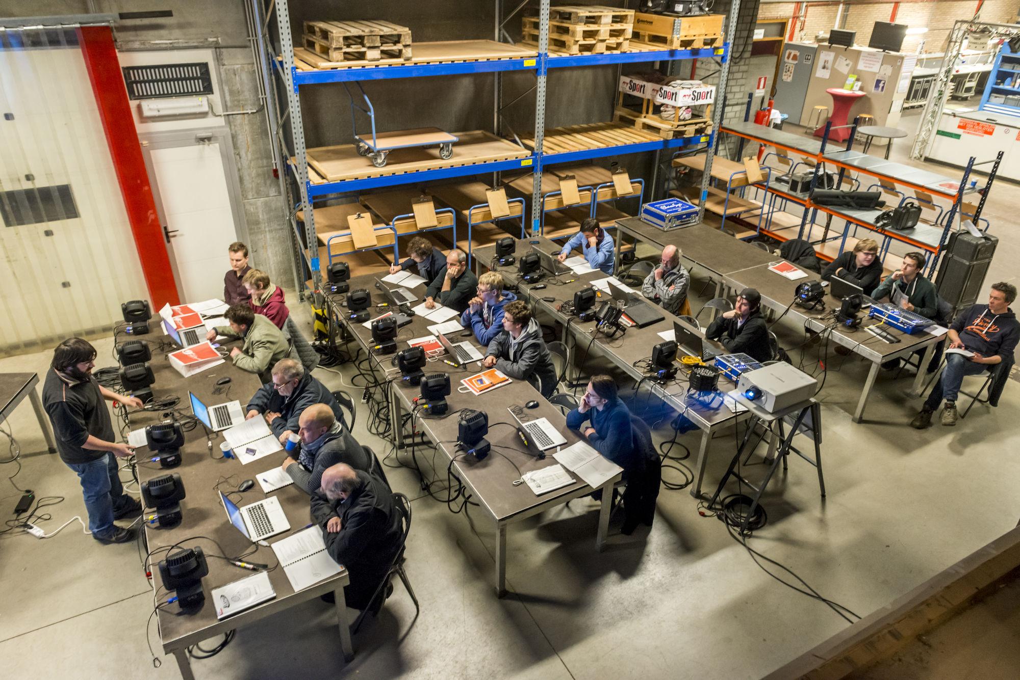 160225-uitleendienst-workshop-chamsys-02.jpg