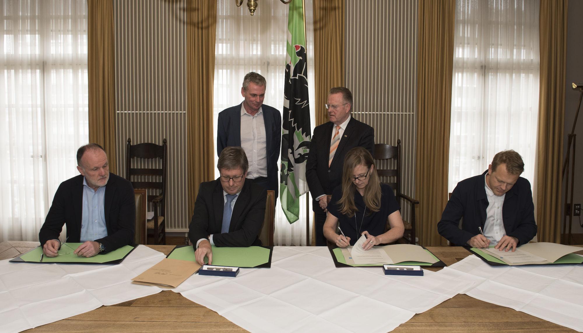 180309-ondertekening-overeenkomst-realisatie-Leopoldskazerne-00002.jpg